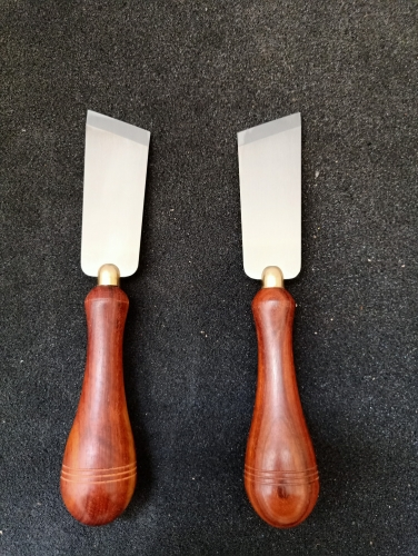 KL rosewood straight point skiving knife